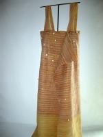 2003 - Robe du mur - latex et fil de lin - 200x80x40cm